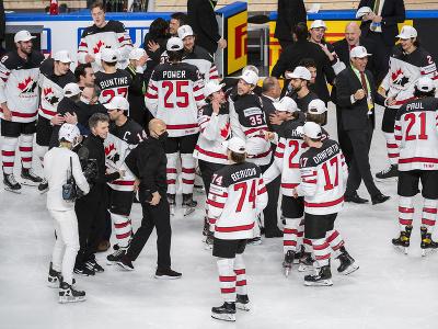 Tím Kanady sa teší zo zlata po finálovom zápase