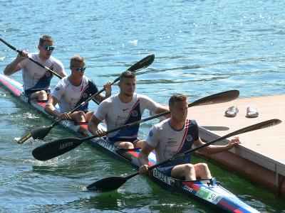 Na snímke rýchlostní kanoisti, zľava Adam Botek, Csaba Zalka, Denis Myšák a Samuel Baláž