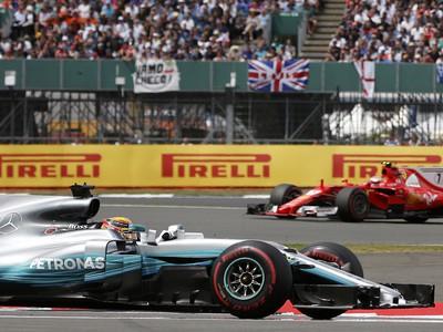 Lewis Hamilton a Kimi