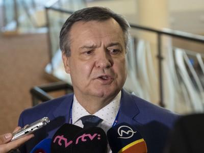 Na snímke Dárius Rusnák po vzdaní sa kandidatúry na post prezidenta SZĽH počas Kongresu Slovenského zväzu ľadového hokeja (SZĽH)