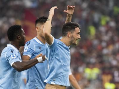 Luis Alberto oslavuje gól