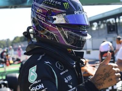 Hamilton víťazom kvalifikácie v Monze