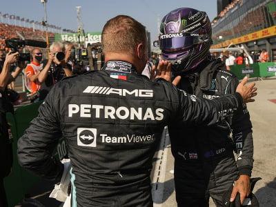 Valtteri Bottas a Lewis