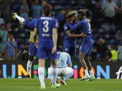 Hráči Chelsea oslavujú víťazstvo v Lige majstrov