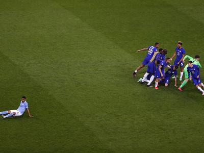 Radosť hráčov Chelsea po vyhratom finále