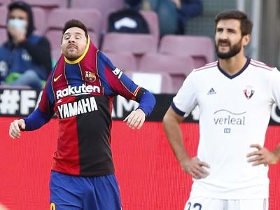 Messi v Maradonovom drese