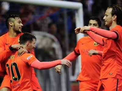 Lionel Messi (10) so