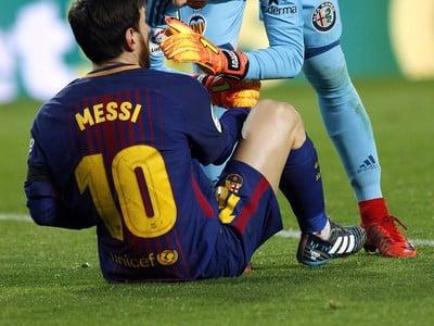 Brankár Valencie Jaume Domenech a Lionel Messi
