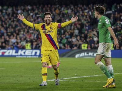 Lionel Messi sa raduje z gólu