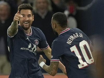 Lionel Messi oslavuje svoj prvý gól v drese Paríža Saint Germain