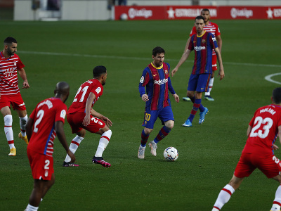 Lionel Messi medzi hráčmi Granady
