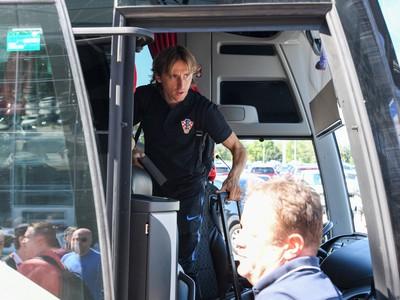 Luka Modrič v tímovom autobuse