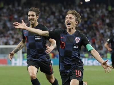 Luka Modrič oslavuje gól