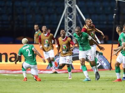 Futbalisti Madagaskaru oslavujú postup