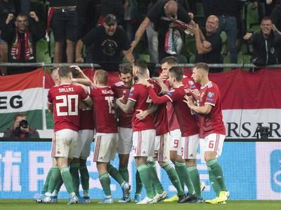 Na snímke gólová radosť hráčov Maďarska