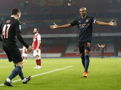 Phil Foden oslavuje gól