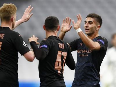 Hráči Man City sa tešia z gólu
