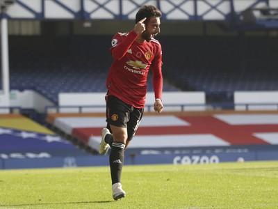 Bruno Fernandes oslavuje gól