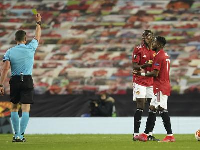 Paul Pogba inkasuje žltú kartu