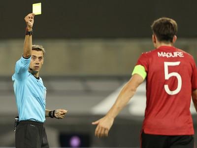 Harry Maguire videl žltú kartu