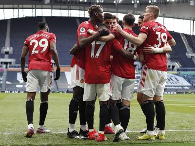 Hráči Manchestru United oslavujú
