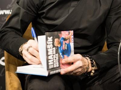 Marek Hamšík počas slávnostného uvedenia knihy Neapolská odysea o jeho kariére a pôsobení v talianskom klube SSC Neapol