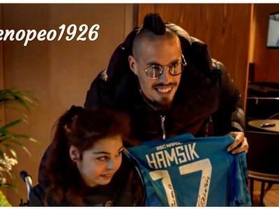 Marek Hamšík s fanúšičkou