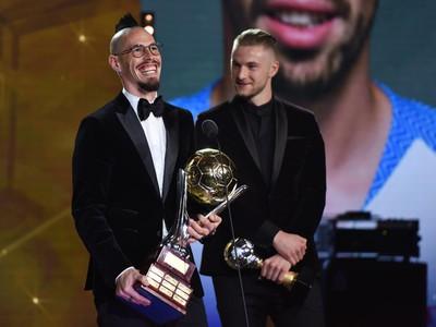 Marek Hamšík s cenou za triumf v ankete Futbalista roka 2018