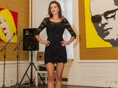 Janka Hossová je vraj tehotná. Naznačilo to i jej bruško na módnej prehliadke.
