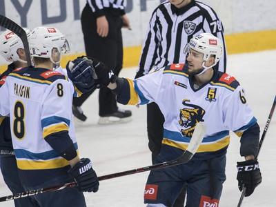 Martin Bakoš (vpravo)