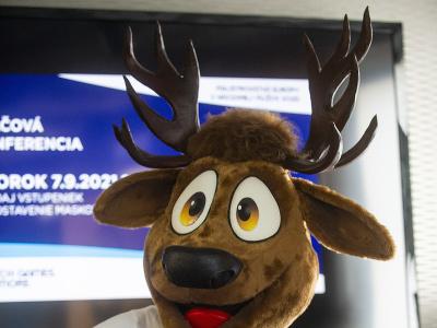 Na snímke maskot Tricky počas tlačovej konferencie k majstrovstvám Európy v hádzanej mužov