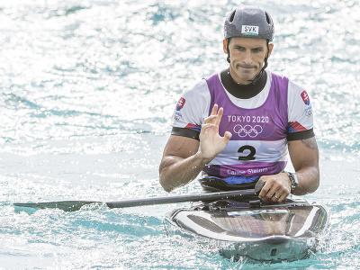 Na snímke slovenský vodný slalomár Matej Beňuš v cieli po finálovej jazde v C1 vo vodnom slalome na XXXII. letných olympijských hier v Tokiu