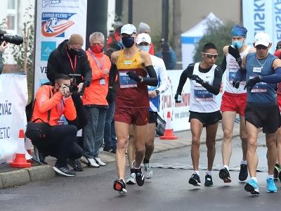 Matej Tóth na chodeckých pretekoch Dudinská päťdesiatka