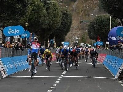 Mathieu van der Poel ovládol 3. etapu Tirreno - Adriatico