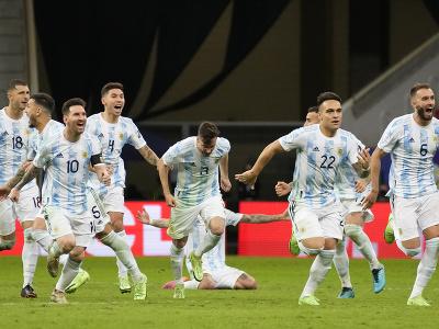 Hráči Argentíny oslavujú víťazstvo
