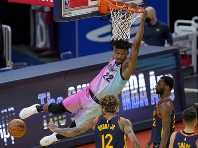 Basketbalista Jimmy Butler z