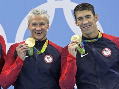 Ryan Lochte a Michael Phelps