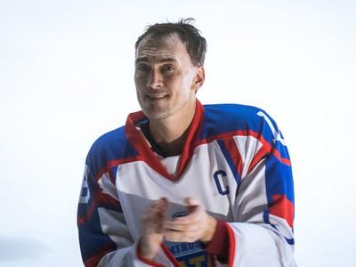 Miroslav Šatan počas svojho exhibičného rozlúčkového zápasu