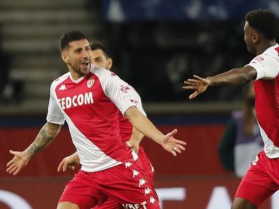 Guillermo Maripan oslavuje gól