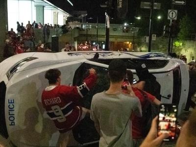 Fanúšikovia Montrealu Canadiens vyvádzali