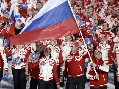 Vlajkonosič Morozov pri nástupe