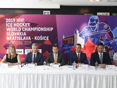 Tlačová konferencia organizačného výboru