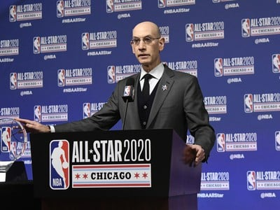 Šéf NBA Adam Silver