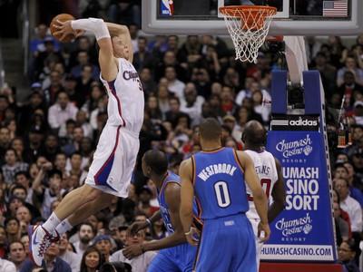 Blake Griffin letí a