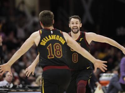 Clevelandská radosť - Matthew Dellavedova a Kevin Love