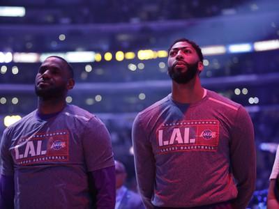 Hviezdne duo Lakers - LeBron James a Anthony Davis