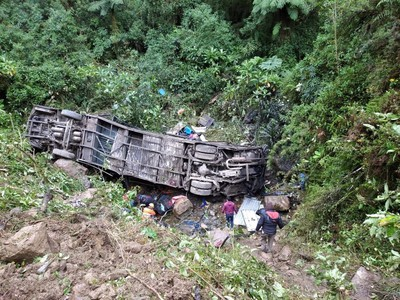 Tragická nehoda autobusu si vyžiadala 20 obetí