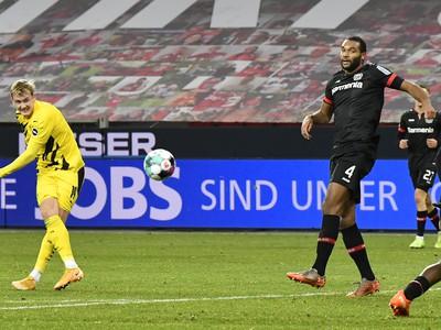 Julian Brandt dáva gól