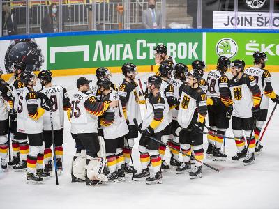 Sklamaní hokejisti Nemecka po prehre v súboji o bronz