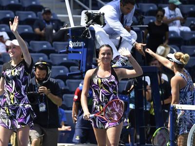 Viktória Kužmová a Alexandra Sasnovičová si na US Open zahrajú o grandslamové finále